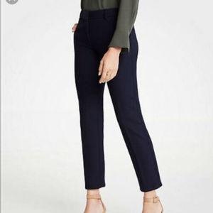Ann Taylor Devin Fit XS 2 Navy blue Ankle pants